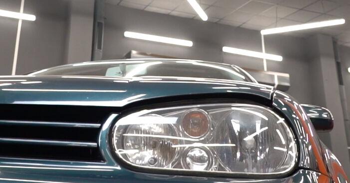 Stufenweiser Leitfaden zum Teilewechsel in Eigenregie von Golf 4 2001 1.8 T Bremsscheiben