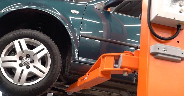 Kraftstofffilter Golf 4 1.6 16V 1999 wechseln: Kostenlose Reparaturhandbücher