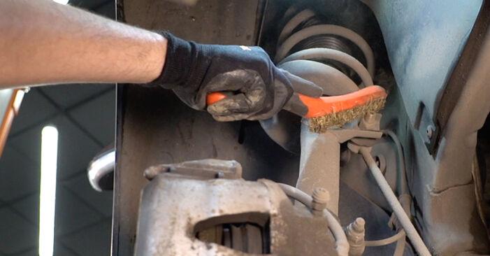 Kaip pakeisti VW Golf V Hatchback (1K1) 2008 Spyruoklės - patarimai ir gudrybės