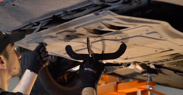 Come cambiare Cinghia Poly-V su VW Golf V Hatchback (1K1) 2008 - suggerimenti e consigli