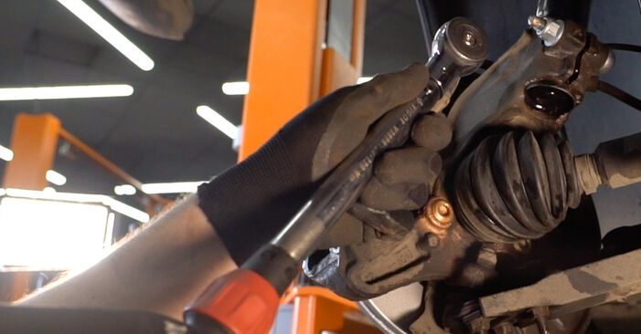 Bremsscheiben am VW Golf V Schrägheck (1K1) 1.4 16V 2008 wechseln – Laden Sie sich PDF-Handbücher und Videoanleitungen herunter