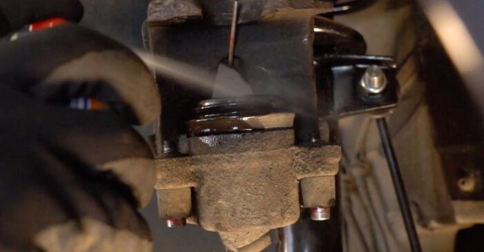Kuinka vaihtaa Jarrupalat VW Golf V Hatchback (1K1) 2008 -autoon - vinkkejä