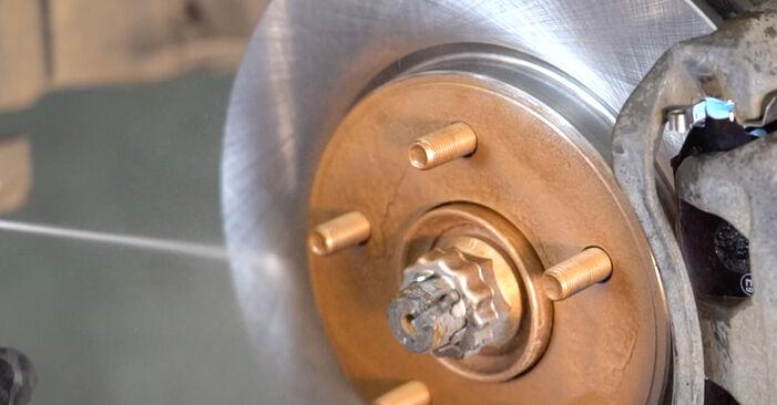 NISSAN LEAF Elektrik Bremsscheiben ausbauen: Anweisungen und Video-Tutorials online
