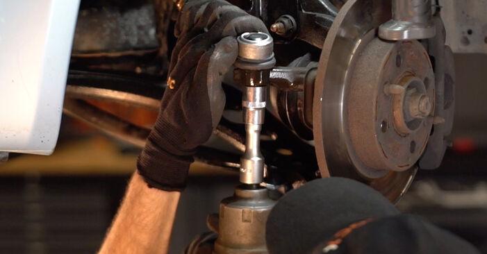 Cómo cambiar Rótula de Dirección en un Fiat Punto 188 1999 - Manuales en PDF y en video gratuitos
