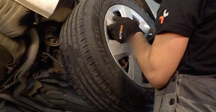Ako vymeniť Brzdový kotouč na AUDI A6 Sedan (4F2, C6) 2008 – tipy a triky