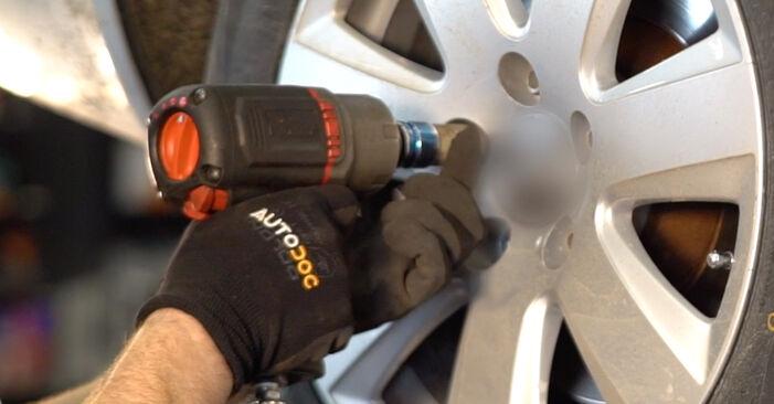 Wie AUDI A6 2.0 TFSI 2008 Bremsscheiben ausbauen - Einfach zu verstehende Anleitungen online