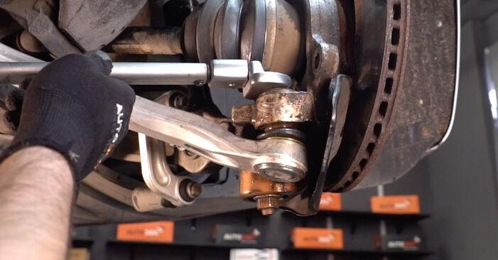 Tausch Tutorial Radlager am AUDI A6 Limousine (4F2, C6) 2008 wechselt - Tipps und Tricks