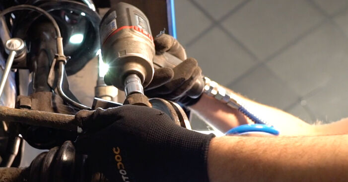 Changing of Track Rod End on Peugeot 206 cc 2d 2006 won't be an issue if you follow this illustrated step-by-step guide