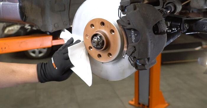 Kaip pakeisti Stabdžių diskas la Opel Meriva x03 2003 - nemokamos PDF ir vaizdo pamokos