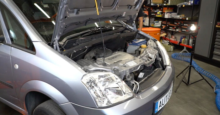 Opel Meriva A 1.6 16V (E75) 2005 Bras de Suspension remplacement : manuels d'atelier gratuits
