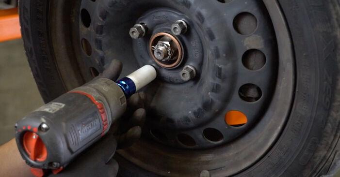 Recommandations étape par étape pour remplacer soi-même Opel Meriva A 2008 1.3 CDTI (E75) Bras de Suspension