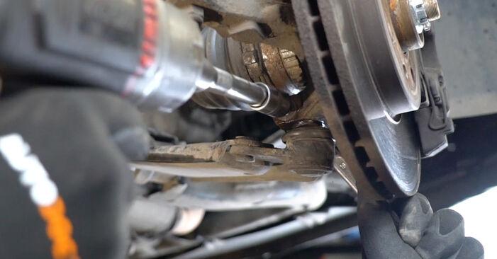 À quel point est-il difficile de le faire soi-même : télécharger le guide illustré pour le changement de Bras de Suspension sur Opel Meriva A 1.7 DTI (E75) 2009