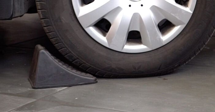 Wie man VW PASSAT Variant (3B6) 1.9 TDI 1997 Bremsscheiben wechselt - Schritt-für-Schritt-Leitfäden und Video-Tutorials