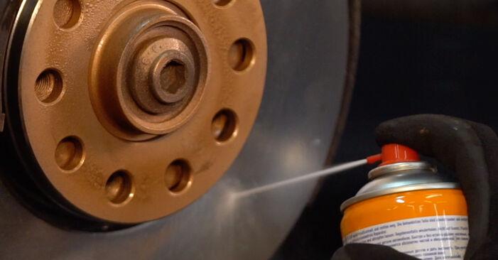Stufenweiser Leitfaden zum Teilewechsel in Eigenregie von Passat 3B6 1997 1.6 Bremsscheiben
