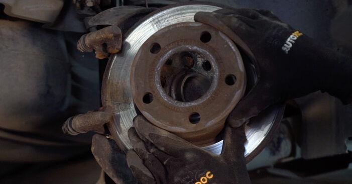 Replacing Brake Discs on Passat 3B6 2000 1.9 TDI by yourself
