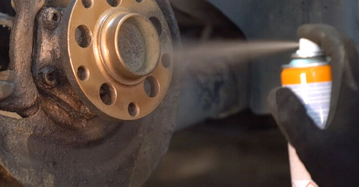 How to change Brake Discs on VW PASSAT Variant (3B6) 1996 - tips and tricks