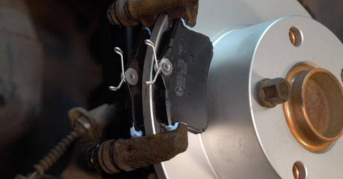 How to change Brake Discs on Passat 3B6 1996 - free PDF and video manuals
