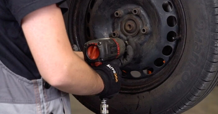 Wechseln Spurstangenkopf am VW PASSAT Variant (3B6) 2.0 1999 selber
