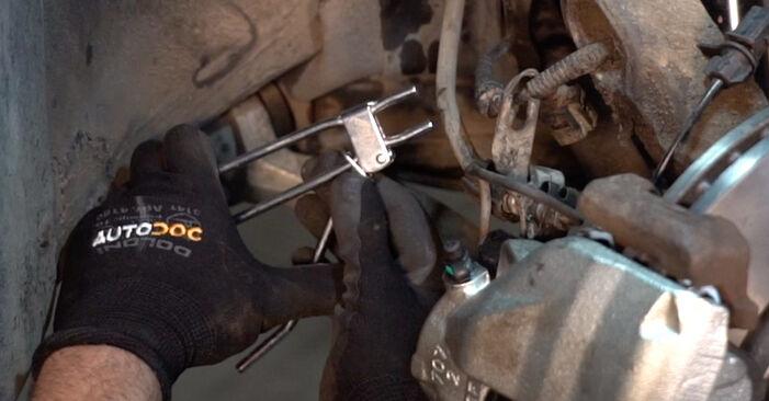 PASSAT Variant (3B6) 1.6 2001 Brake Calipers DIY replacement workshop manual