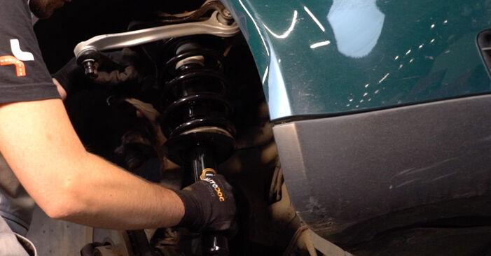 Querlenker beim VW PASSAT 2.5 TDI 4motion 1997 selber erneuern - DIY-Manual