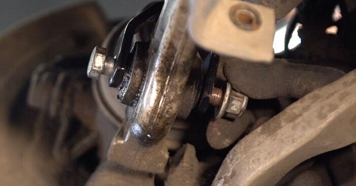 Tausch Tutorial Querlenker am VW PASSAT Variant (3B6) 1996 wechselt - Tipps und Tricks