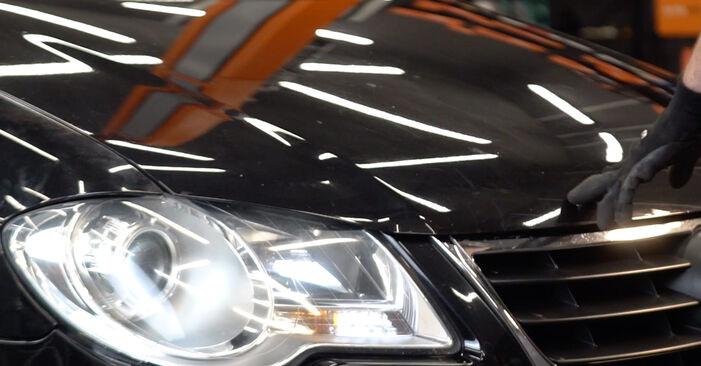 Svépomocná výměna Klinovy zebrovany remen na autě Touran 1t1 1t2 2005 1.9 TDI