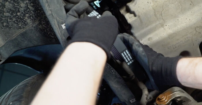 Jak odstranit VW TOURAN 1.6 FSI 2007 Klinovy zebrovany remen - online jednoduché instrukce