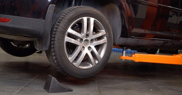 Ersetzen Sie Bremssattel am VW TOURAN (1T1, 1T2) 1.4 TSI 2006 selber