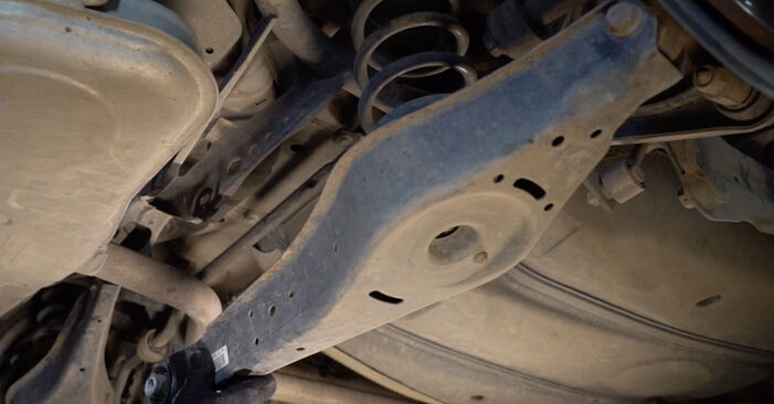 How to change Control Arm on VW TOURAN (1T1, 1T2) 2007 - tips and tricks