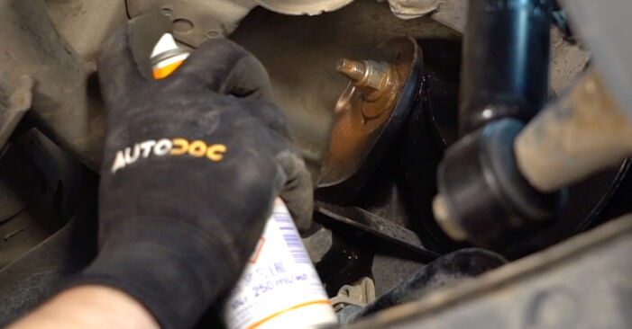 Changing Control Arm on VW TOURAN (1T1, 1T2) 1.4 TSI 2006 by yourself
