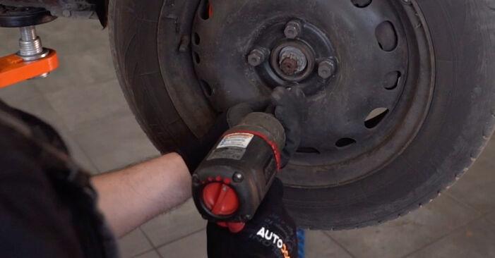 Wechseln Spurstangenkopf am OPEL Corsa C Schrägheck (X01) 1.2 Twinport (F08, F68) 2003 selber