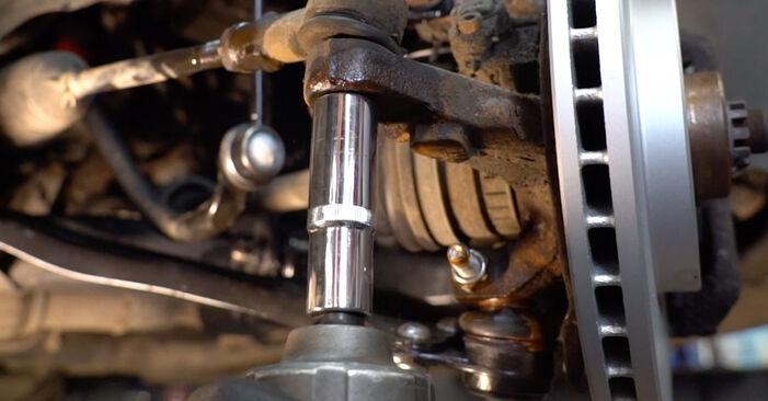 Spurstangenkopf Ihres Opel Corsa C 1.4 Twinport (F08, F68) 2008 selbst Wechsel - Gratis Tutorial