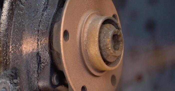 Bremsscheiben Audi A4 B6 Avant 1.9 TDI quattro 2002 wechseln: Kostenlose Reparaturhandbücher