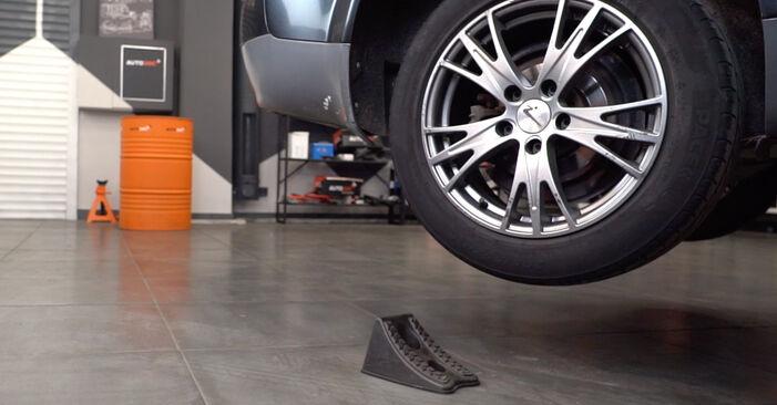 Wie AUDI A4 2.5 TDI 2004 Bremsscheiben ausbauen - Einfach zu verstehende Anleitungen online