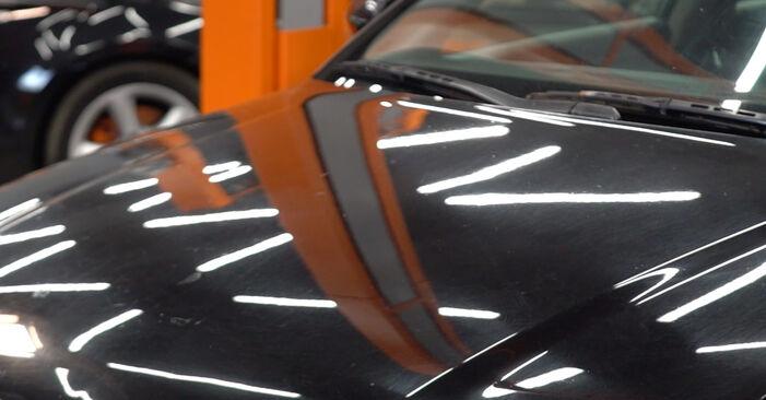 AUDI A4 2.5 TDI quattro Bremsbeläge ausbauen: Anweisungen und Video-Tutorials online