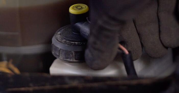 Bremsscheiben Renault Clio 2 1.5 dCi 2000 wechseln: Kostenlose Reparaturhandbücher