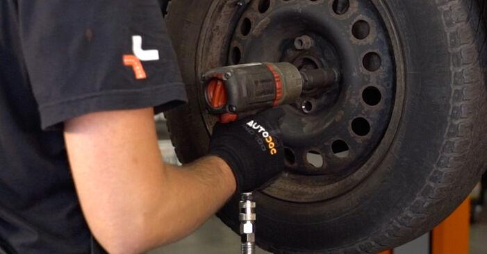 Wie RENAULT CLIO 1.4 2002 Bremsscheiben ausbauen - Einfach zu verstehende Anleitungen online