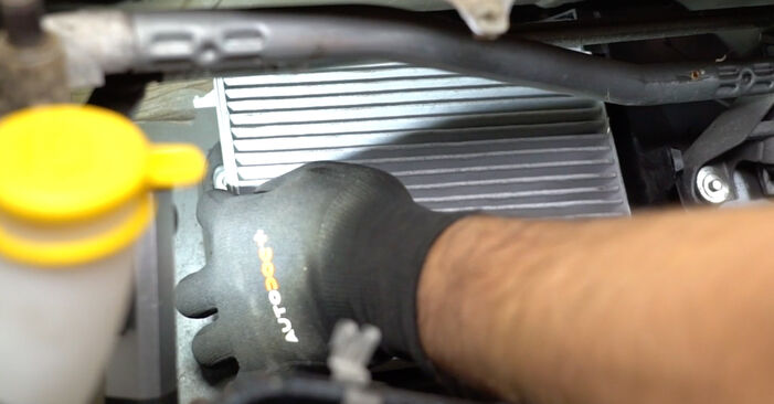 How to remove OPEL MERIVA 1.3 CDTI (E75) 2007 Pollen Filter - online easy-to-follow instructions