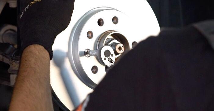 Bremsscheiben am OPEL ZAFIRA B (A05) 2.2 (M75) 2010 wechseln – Laden Sie sich PDF-Handbücher und Videoanleitungen herunter