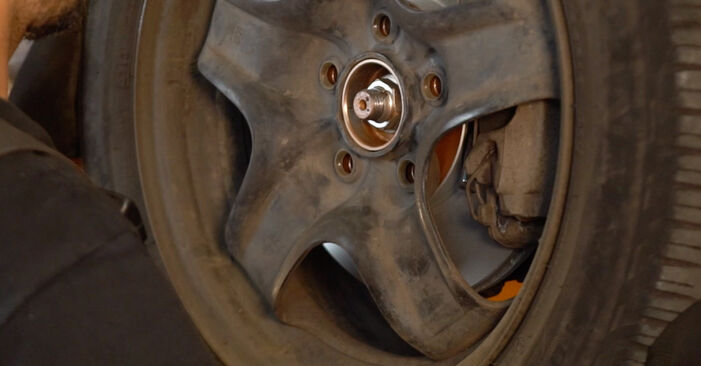 Bremsscheiben Zafira b a05 1.7 CDTI (M75) 2007 wechseln: Kostenlose Reparaturhandbücher