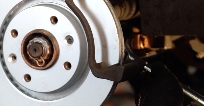 Bremsscheiben am CITROËN XSARA PICASSO (N68) 2.0 16V 2002 wechseln – Laden Sie sich PDF-Handbücher und Videoanleitungen herunter