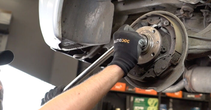 Replacing Wheel Bearing on Citroen Xsara Picasso 2009 2.0 HDi by yourself