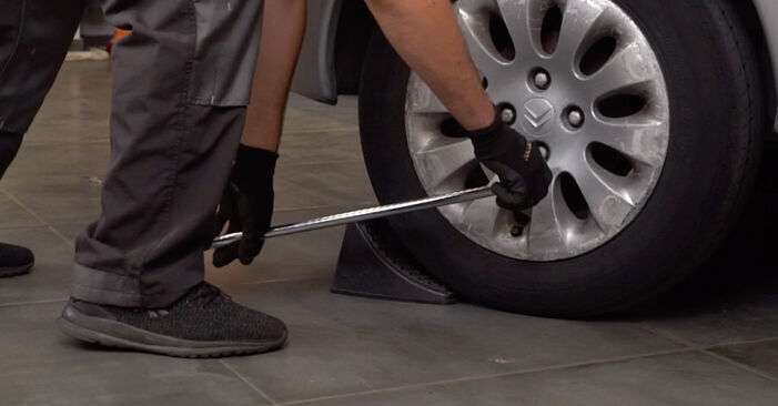 How to replace CITROËN XSARA PICASSO (N68) 2.0 HDi 2000 Wheel Bearing - step-by-step manuals and video guides
