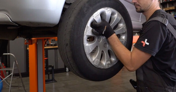 How to remove CITROËN XSARA 1.6 16V 2003 Wheel Bearing - online easy-to-follow instructions