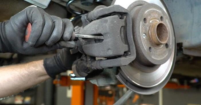 Bremsbeläge Ihres Opel Meriva x03 1.6 16V (E75) 2003 selbst Wechsel - Gratis Tutorial