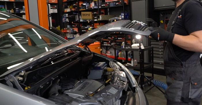 Hvordan man udskifter Lambdasonde på Opel Meriva x03 2003 - gratis PDF og video manualer