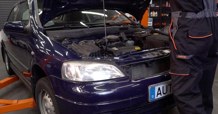 Comment changer Huile De Transmission et Huile Boite De Vitesse sur Opel Astra g f48 1998 - Manuels PDF et vidéo gratuits