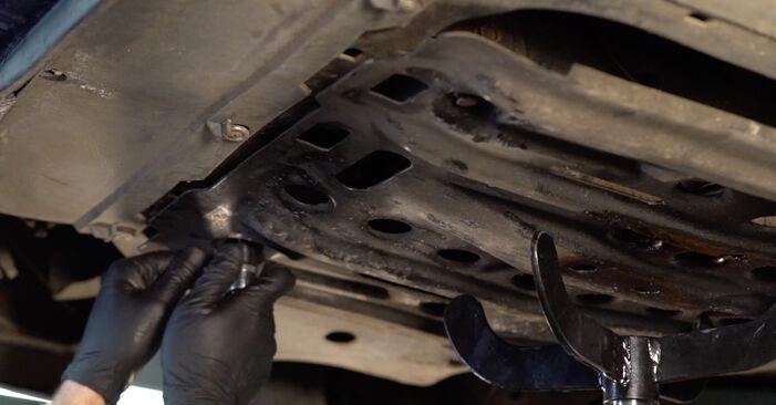 Austauschen Anleitung Getriebeöl und Verteilergetriebeöl am Opel Astra g f48 2008 1.6 16V (F08, F48) selbst