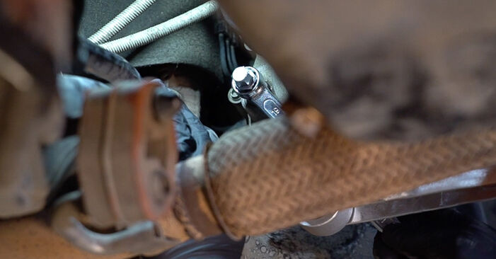 SKODA FABIA 1.2 Gearbox Oil and Transmission Oil replacement: online guides and video tutorials