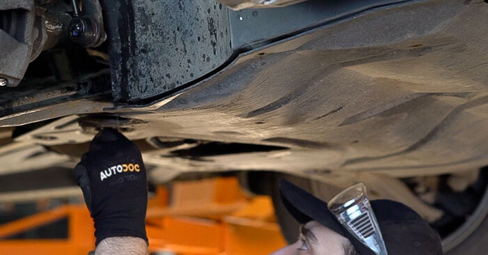 Skoda Fabia 6y5 1.9 TDI 2001 Gearbox Oil and Transmission Oil replacement: free workshop manuals